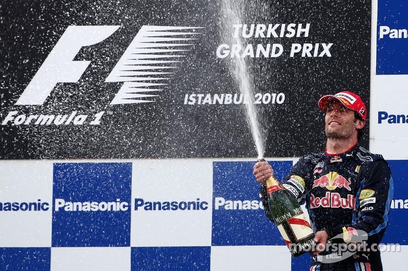 Podium: troisième, Mark Webber, Red Bull Racing