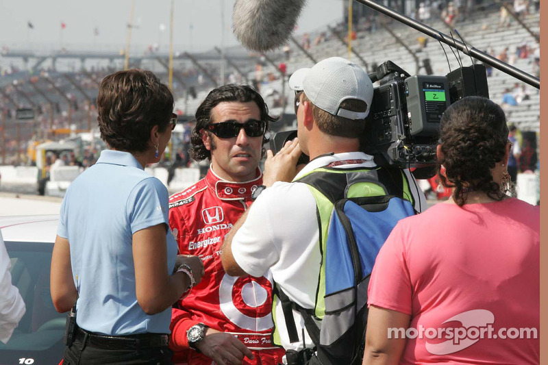 Robin Roberts of ABC Television interviews Dario Franchitti, Target Chip Ganassi Racing after winninng the 94th running of the Indianapolis 500.