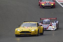 #92 JMV Motorsport Aston Martin V8 Vantage: Robert Bell, Darren Turner