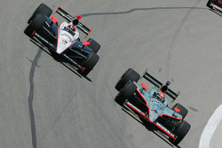 Helio Castroneves, Team Penske, Dan Wheldon, Panther Racing