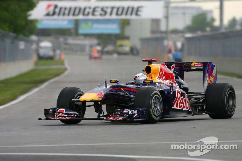 2010 год, раскраска Red Bull RB6
