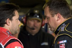 Tony Stewart, Stewart-Haas Racing Chevrolet and Ryan Newman, Stewart-Haas Racing Chevrolet