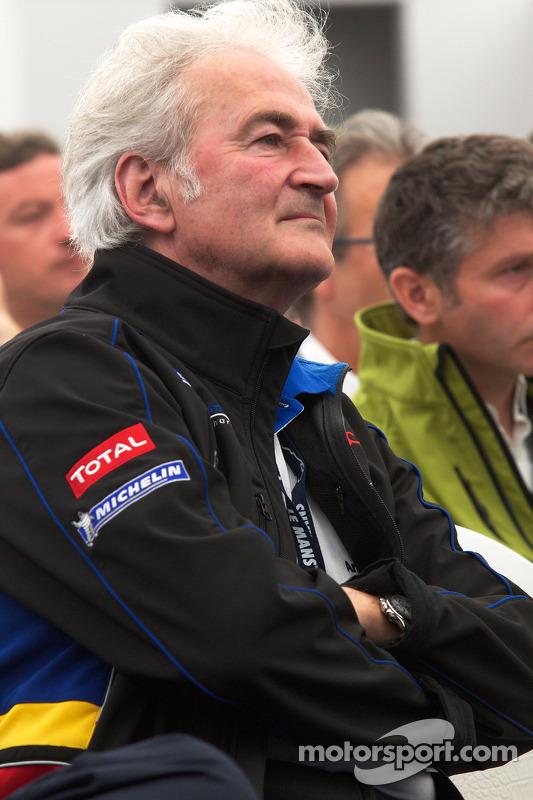Team Peugeot persconferentie: Hugues de Chaunac