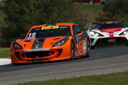 #19 Performance Ginetta GT4: Parker Chase