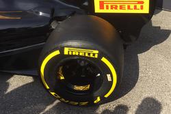Detalle de neumáticos Pirelli 2017