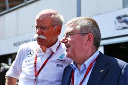 Dr. Dieter Zetsche, a Daimler AG vezérigazgatója és Thomas Bach, IOC President