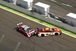 Crash: Augusto Farfus, BMW Team MTEK, BMW M4 DTM