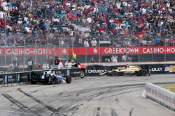 James Hinchcliffe, Schmidt Peterson Motorsports Honda, Max Chilton, Chip Ganassi Racing Chevrolet, crash