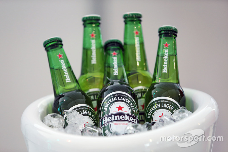 Anuncio de patrocinio de F1 con Heineken