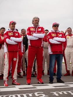 (L to R): Sebastian Vettel, Ferrari with Maurizio Arrivabene, Ferrari Team Principal and Kimi Raikkonen, Ferrari