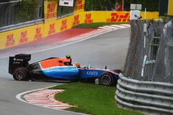 Авария Рио Харьянто, Manor Racing MRT05 во время квалификации