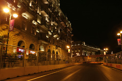 Баку вночі