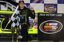 Pemenang lomba Noah Gragson