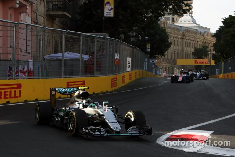 Mercedes: 35 очков