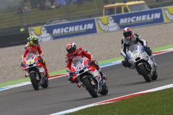 Andrea Dovizioso, Ducati Team; Andrea Iannnone, Ducati Team; Yonny Hernandez, Aspar Racing Team