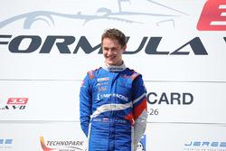 Подиум: победитель - Егор Оруджев, Arden Motorsport