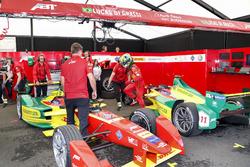 Pit stop; Lucas di Grassi, ABT Schaeffler Audi Sport