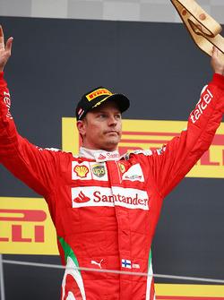 Kimi Raikkonen, Ferrari festeggia il suo terzo posto sul podio