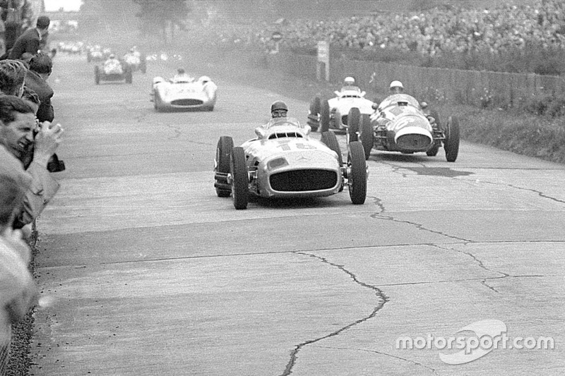 Juan Manuel Fangio, Mercedes-Benz W 196 R