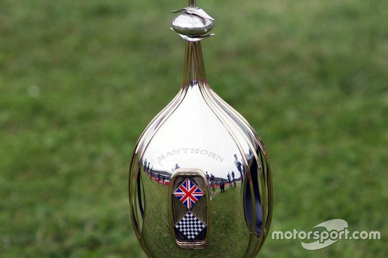 Hawthorn Kupası