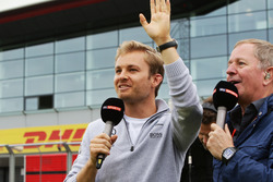 (L to R): Nico Rosberg, Mercedes AMG F1 with Martin Brundle, Sky Sports Commentator