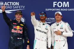 Pole voor Lewis Hamilton, Mercedes AMG F1 W07 , tweede Nico Rosberg, Mercedes AMG Petronas F1 W07 en derde Max Verstappen, Red Bull Racing RB12