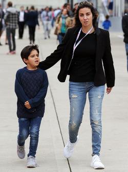 Rafaela Bassi, con il figlio Felipinho Massa