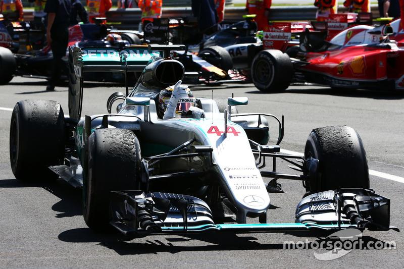 Lewis Hamilton logró su cuarta victoria en Silverstone, tantas como lograra Nigel Mansell. Amenaza el récord de cinco triunfos que lograron en Gran Bretaña Jim Clark y Alain Prost.