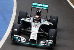 Pascal Wehrlein, Mercedes AMG F1 W07 Hybrid Test Driver