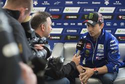 Jorge Lorenzo, Yamaha Factory Racing con los medios