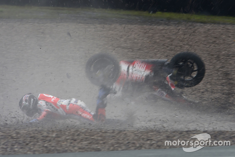 La caduta di Scott Redding, Pramac Racing
