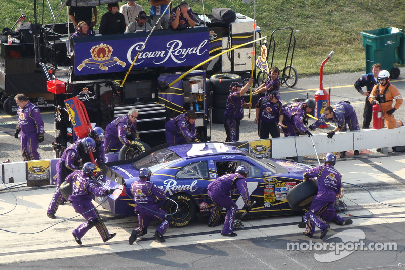 Kenseth pit stop