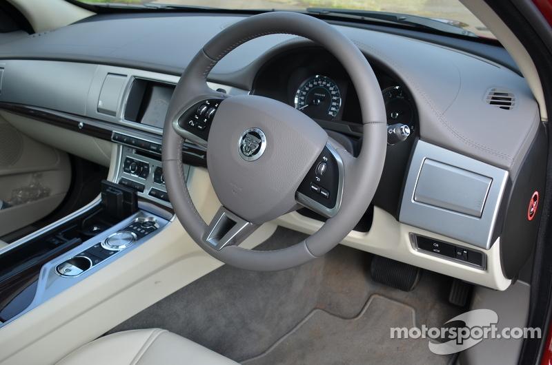 XF 2liter turbo interior