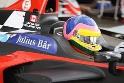 Jacques Villeneuve fait son premier tour en tests