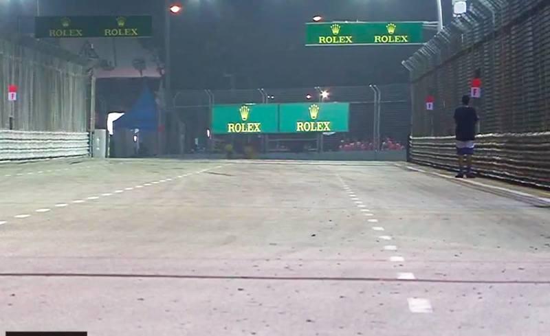 Espontáneo en la pista del GP de Singapur