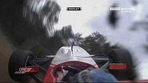 Superleague Formula 2010 at Brands-Hatch, Chris van der Drift crashes into a bridge (Replays)