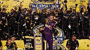 Hamlin grateful for powerful pit crew