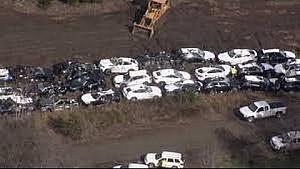 97 BMW dañados al descarrilar un tren en EUA