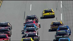 Reed involved in another big wreck at 'Dega