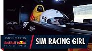 Sim Racing una chica se enfrenta al simulador de F1 de Red Bull Racing