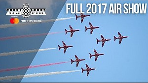 Red arrows' incredible acrobatic FOS air show