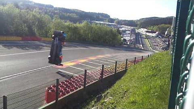 FIA WEC 2018 Spa Francorchamps choque del # 17 BR Engineering BR1-AER Eau Rouge